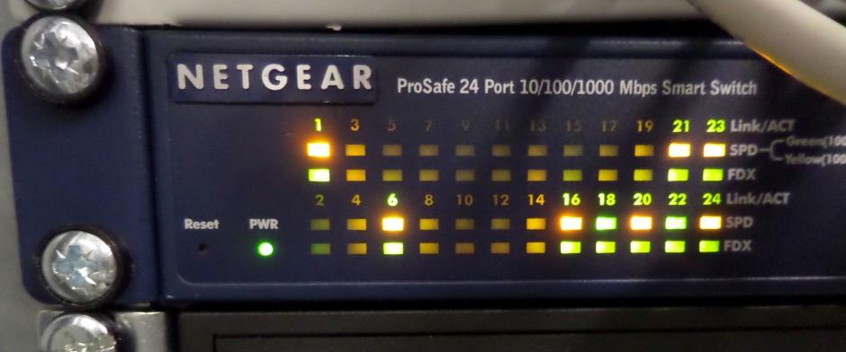 Netgear GS724/